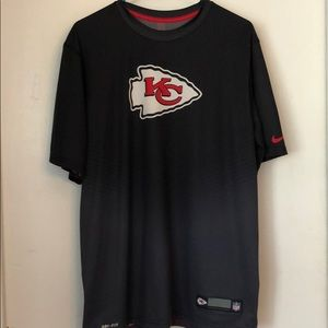 Chiefs dry-fit tee
